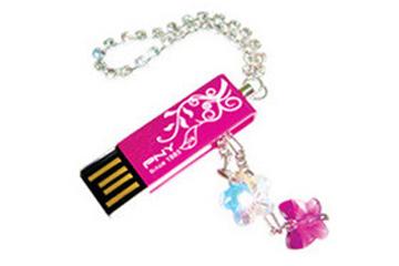 สั่งทำ PNY Crystal Love USB Flash Drive ราคาถูก พร้อมสกรีนโลโก้