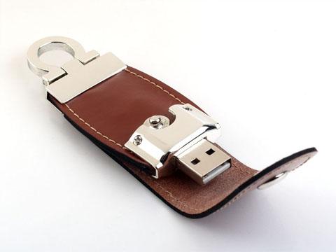 แฟลชไดร์ฟหนัง ผลิตทรัมไดร์พรีเมี่ยม สั่งทำ flash drive พร้อมปั้มโลโก้ เก๋ๆ 4