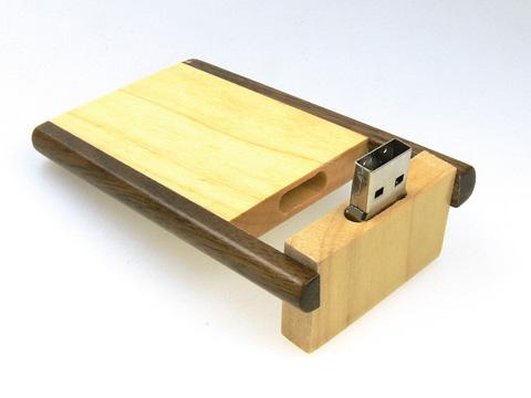 รับผลิต ขายส่งแฟลชไดร์ฟ รูปไม้กระดาน แบบฝาสไลด์เท่ๆ  สั่งทำ flash drive ราคาส่ง
