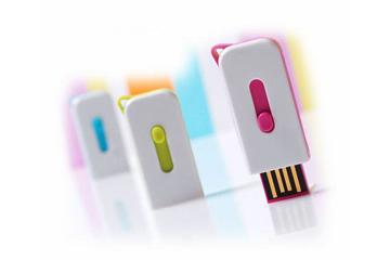 รับผลิต แฟลชไดร์ฟแบบบาง เคสพลาสติก โดดเด่นด้วยสีสัน ขนาดกะทัดรัด ราคาถูก