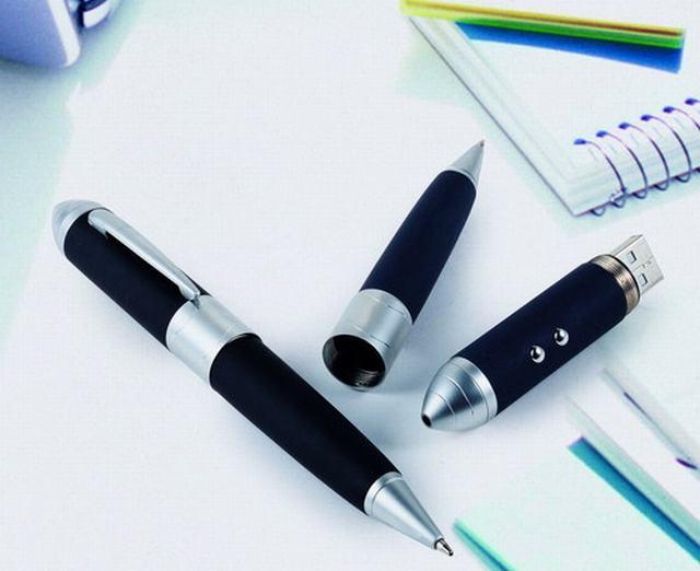 รับผลิต แฟลไดร์ฟปากกาโลหะ ด้ามจับเป็นยางกันลื่น พร้อมกล่องสีดํา มีโฟมกันกระแทก