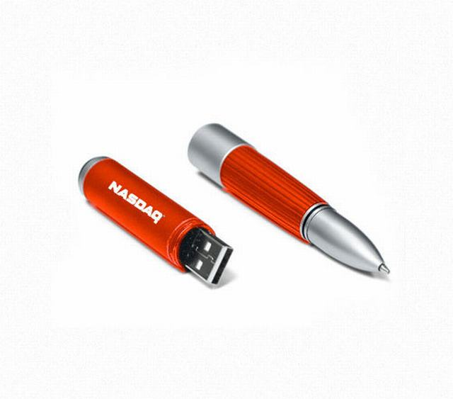 สั่งทำ แฟลชไดร์ฟปากกา แบบโลหะสลับพลาสติก สีสันสดใส ดูสวยงาม มียางกันลื่น