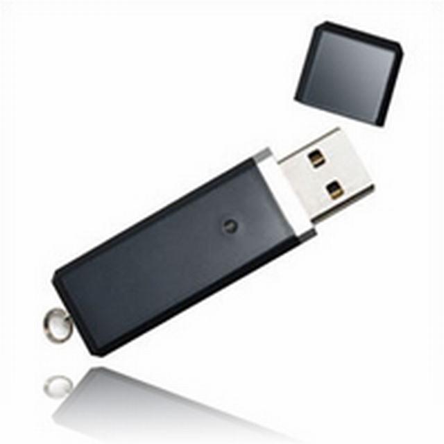 สั่งทำ รับผลิต Flash Drive ราคาถูก และขายส่งแฟลชไดร์ฟ พร้อมสกรีน ราคาส่ง