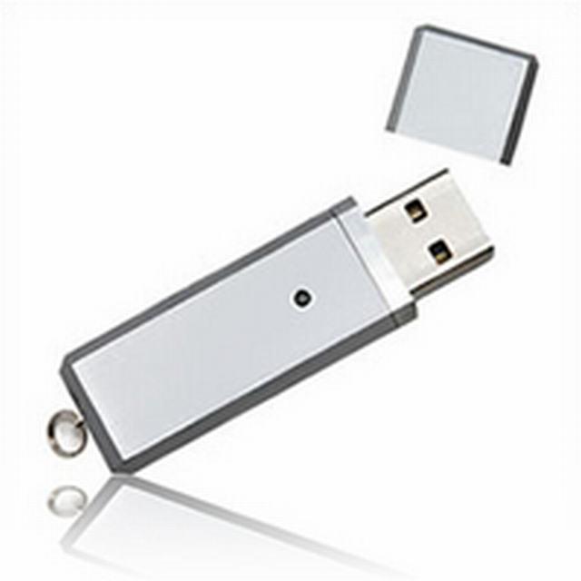 สั่งผลิต รับผลิต Flash Drive ราคาถูก และขายส่งแฟลชไดร์ฟ พร้อมสกรีน ราคาส่ง
