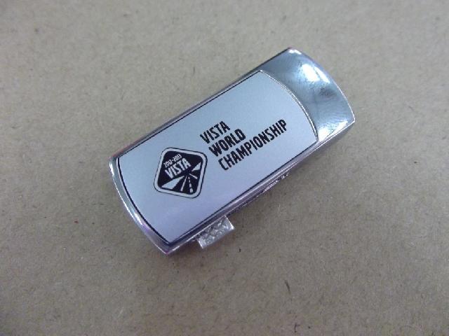 แฟลชไดร์ฟแบบสไลด์ พร้อมสกรีนโลโก้ รับผลิตทรัมไดร์ฟพลาสติก ติดโลโก้