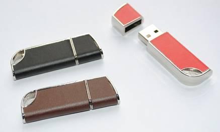 Leather USB Flash Drive ขายส่งแฟลชไดร์ฟ พร้อมซองหนัง โลโก้แบบปั๊มจม