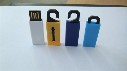 รับทำ flash drive พลาสติก รับทำ แฟลชไดร์ฟพลาสติก รับสกรีนโลโก้ เท่ๆ ราคาถูก