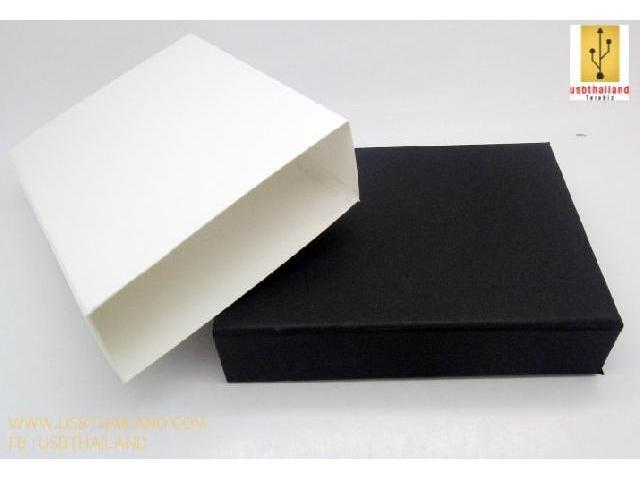 กล่องกระดาษครอบกล่อง