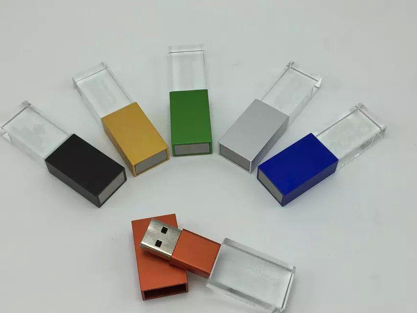 แฟลชไดร์ฟแบบคริสตัลมีไฟ รับผลิต Flash Drive พร้อมสกรีนโลโก้ 3