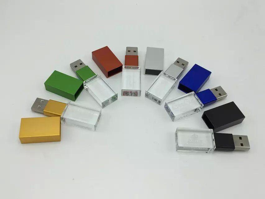 แฟลชไดร์ฟแบบคริสตัลมีไฟ รับผลิต Flash Drive พร้อมสกรีนโลโก้ 4