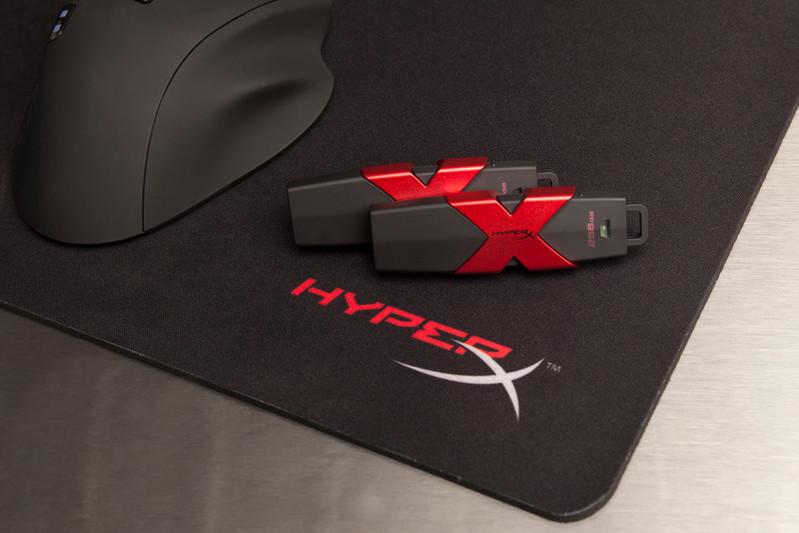 รับผลิต แฟลชไดร์ฟสายซิ่ง HyperX Savage USB Flash Drive เร็วที่สุด ยูเอสบีคิงส์ตัน