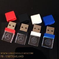 ขายแฟลชไดร์ฟคริสตัลมีไฟ รับผลิต Flash Drive พร้อมสกรีนโลโก้