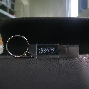 สั่งทำ ขายส่ง flash drive แฟลชไดร์ฟ คริสตัล ติดโลโก้ BMW สวยงาม คุณภาพดี
