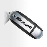 สั่งผลิต USB Flash Drive Plastic Body สกรีนโลโก้ Metal Printing Surface