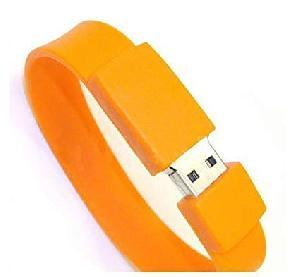 รับทำ thumb drive สลักชื่อ Yengo รับผลิต แฟลชไดร์ฟ สายรัดข้อมือ ราคาโรงงาน
